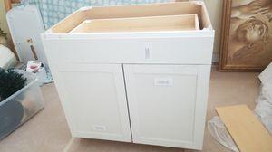 """36"""" white kitchen cabinet for Sale in Seminole, FL"""