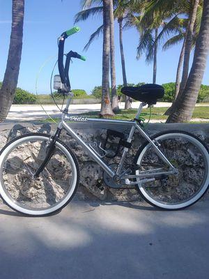 VINTAGE BEACH CRUISER ALUMINUM FRAME for Sale in Miami, FL