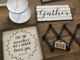 Lots Of Home Decor for Sale in Wenatchee,  WA