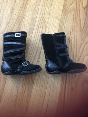 Girl toddler boots size 6 for Sale in Buffalo Grove, IL