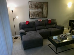 Couch for Sale in Costa Mesa, CA