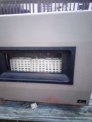 Empire, gas heater for Sale in Cumberland, VA
