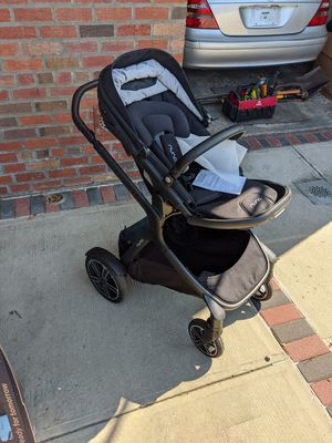 Nuna Demi Grow Stroller with never used bassinet for Sale in Brooklyn, NY