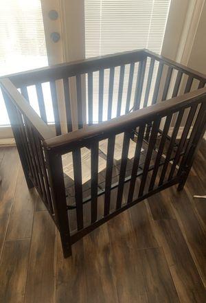 Childcraft London mini crib for Sale in Long Beach, CA