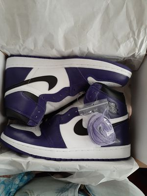 Jordan 1 high Court Purple for Sale in Whitehall, OH