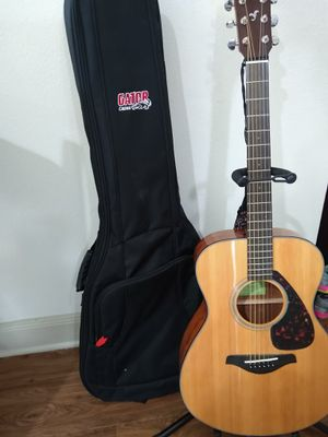 Two Guitars one Yamaha Adult One Laurel Child for Sale in Katy, TX