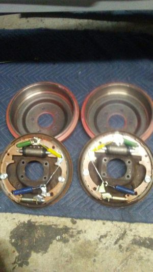 "Ford 9""- 8"" rearend brakes for Sale in Vancouver, WA"