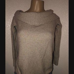 Women's American Eagle Sweater Size Small for Sale in Visalia, CA