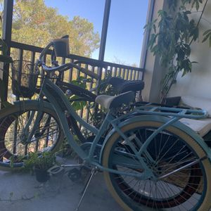 2 Huffy Cruiser Bikes for Sale in Orlando, FL