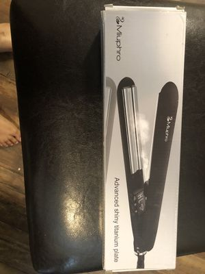 Miuphro steam hair straightener for Sale in Murfreesboro, TN