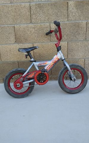 "12"" lightning mcqueen kids bike for Sale in Tempe, AZ"