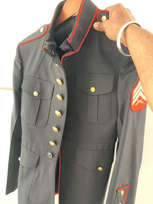 USMC Dress Blue Coat 40R for Sale in Los Angeles, CA