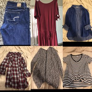 Women's small clothes lot for Sale in Sumner, WA