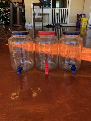 3 Party Water/Juice Dispenser I have 3 of these at $2 Cash only Pick up only for Sale in Phoenix, AZ