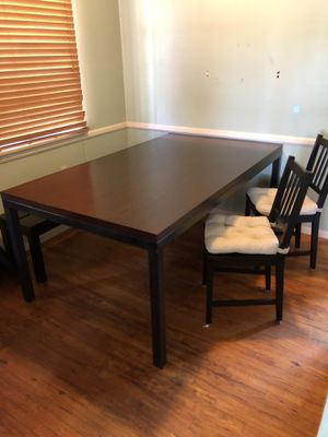 Crate & Barrel dinning table for Sale in Burbank, CA