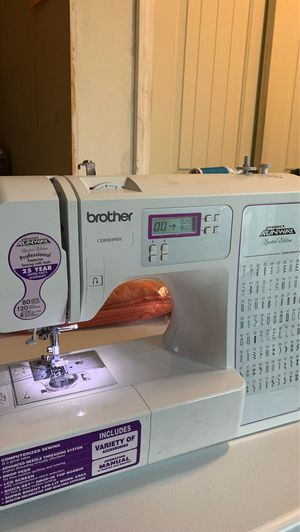 Sewing machine for Sale in Pasadena, TX