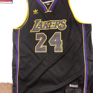 Unique Kobe Bryant Jersey for Sale in Phoenix, AZ