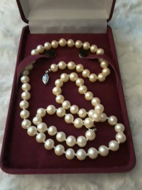 CZECH Glass Pearls 1960's Ivory Color