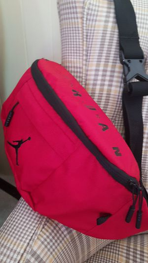 Red Jordan fanny pack/waist bag for Sale in Dublin, OH