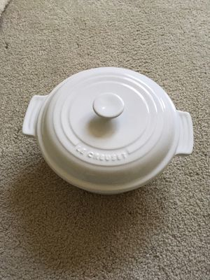 Le Creuset white baking dish, Dutch oven for Sale in Great Falls, VA