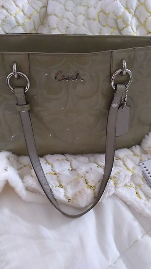 Coach grey embossed C Patent leather for Sale in Mesa, AZ