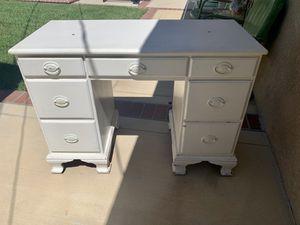 Antique Girl's White Desk for Sale in Orange, CA