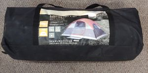 6 Person Dome Tent Fits 2 Queen Air Mattresses, 5 Minute Set Up for Sale in Burlington, NC