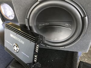 """Car Audio bundle deal single 12"""" subwoofer with box and great amplifier display model work great great deal for Sale in Fremont, CA"""