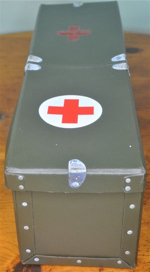 Vintage First Aid Box for Sale in Palm Harbor, FL