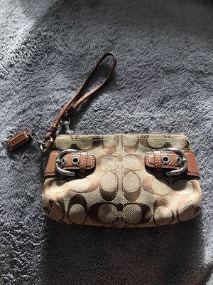 Brown coach wristlet for Sale in Pittsburgh, PA