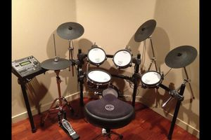 Roland Electric Drum Set for Sale in Chicago, IL