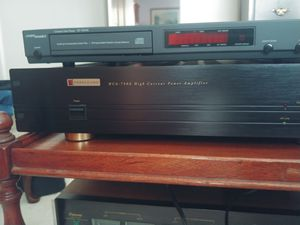 Parasound amp for Sale in Gig Harbor, WA