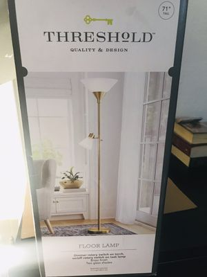 Threshold FLOOR LAMP for Sale in South Gate, CA