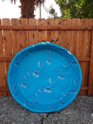 Plástic Pool good Condition . for Sale in Fresno, CA