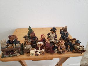 Boyd Bears and Friends collectibles and other vintage items for Sale in Fresno, CA