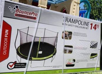 Brand New In A Box 🎁 Trampolines 14 FT For Family 🚊👨👩👧👦❤️ for Sale in Stockton,  CA