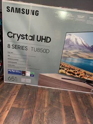 "Samsung smart tv 65"" 4K crystal UHD series 8 for Sale in Pomona, CA"