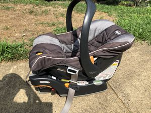 Car seat and base for Sale in Woodbridge, VA