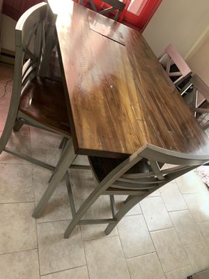 Kitchen table with 6 chairs for Sale in PA, US