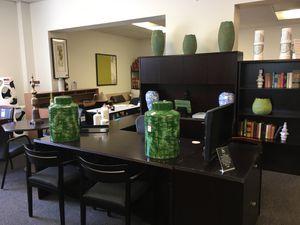 Mahogany Executive Desk Unit for Sale in Warren, MI