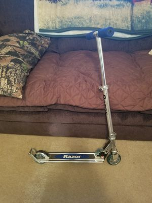 RAZOR SCOOTER for Sale in Birmingham, IA