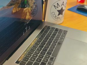 """No Credit Needed!! 2018 15"""" MacBook Pro 16gb RAM, 500gb SSD. SAME DAY SHIPPING for Sale in Fletcher, NC"""