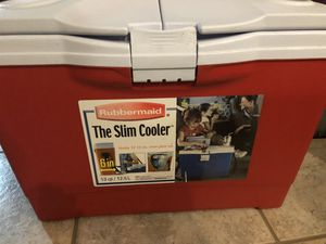 Rubbermaid Slim Cooler for Sale in Leominster, MA