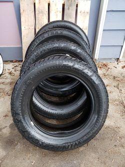 Dean Wintercat XT studded tires 205/60R16 for Sale in East Wenatchee,  WA