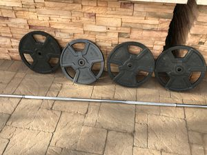 225lb barbell weight set for Sale in La Costa, CA
