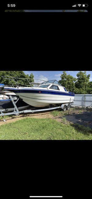 Bayliner Boat With Trailer for Sale in Homestead, FL