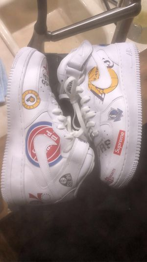 Air Force 1 / Supreme for Sale in Brier, WA