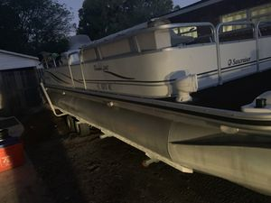 24' Pontoon boat 2005 for Sale in Plant City, FL