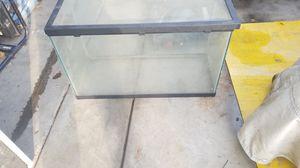 Small aquarium for reptiles for Sale in Stockton, CA
