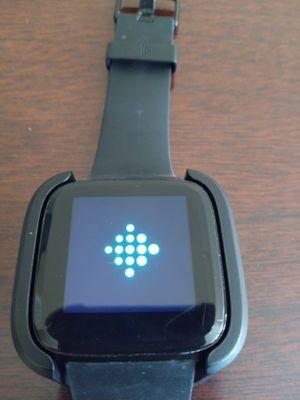 Fitbit Versa for Parts or Repair for Sale in Chicago, IL